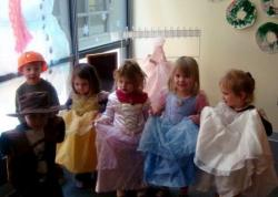 Boys and Girls dress up